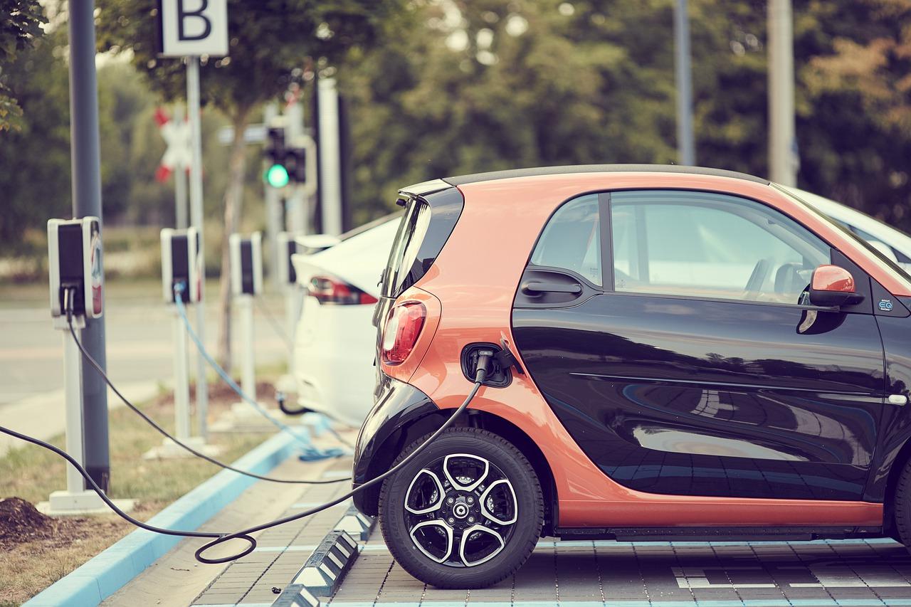 Il carsharing in Italia: offerta, noleggi e km percorsi
